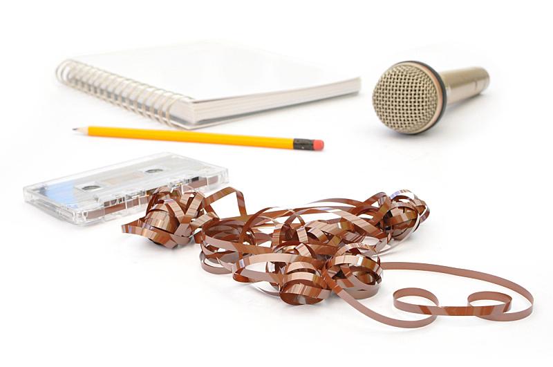 音乐,麦克风,水平画幅,设备用品,录音设备,无人,放音设备,线轴,盒式录音带,坏掉的