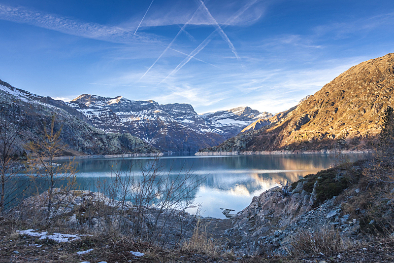 艾莫森湖,瑞士阿尔卑斯山,休闲活动,水平画幅,云,雪,无人,户外,湖,草