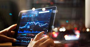 男商人,股市数据,背景,药丸,夜晚,全球通讯,地球形,全球商务,现代,技术