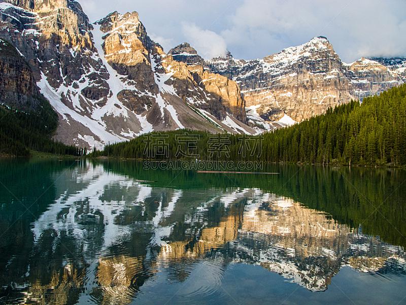 阿尔伯塔省,加拿大,梦莲湖,卡尔加里,洛矶山脉,加拿大落基山脉,班夫,水,天空,美