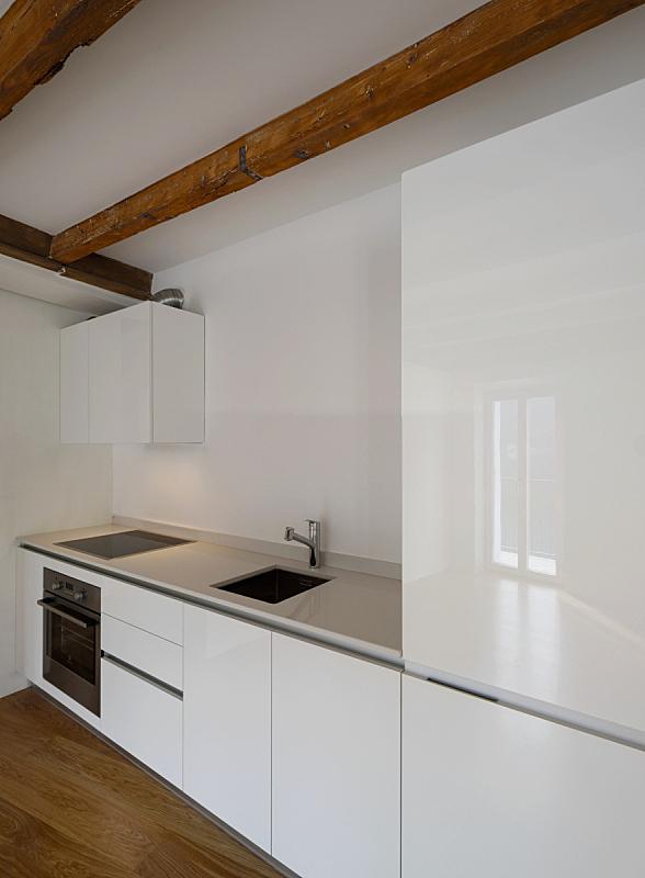 公寓,极简构图,厨房,垂直画幅,无人,木材,干净,现代,开着的,空的