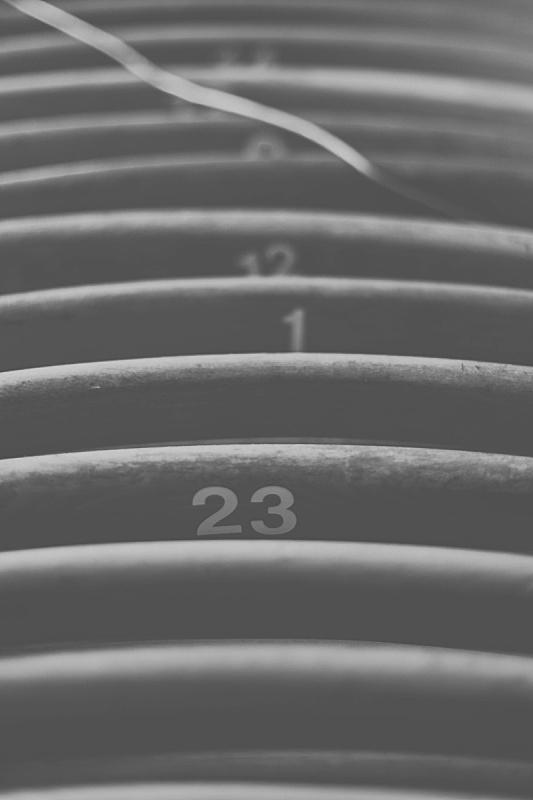 折叠椅,可折叠的,垂直画幅,成一排,数字,木制,无人,椅子,黑白图片,阴影