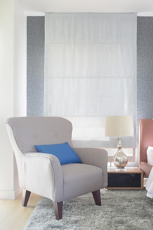 现代,扶手椅,灰色,蓝色,起居室,枕头,室内,罗马帘,小毯子,垂直画幅
