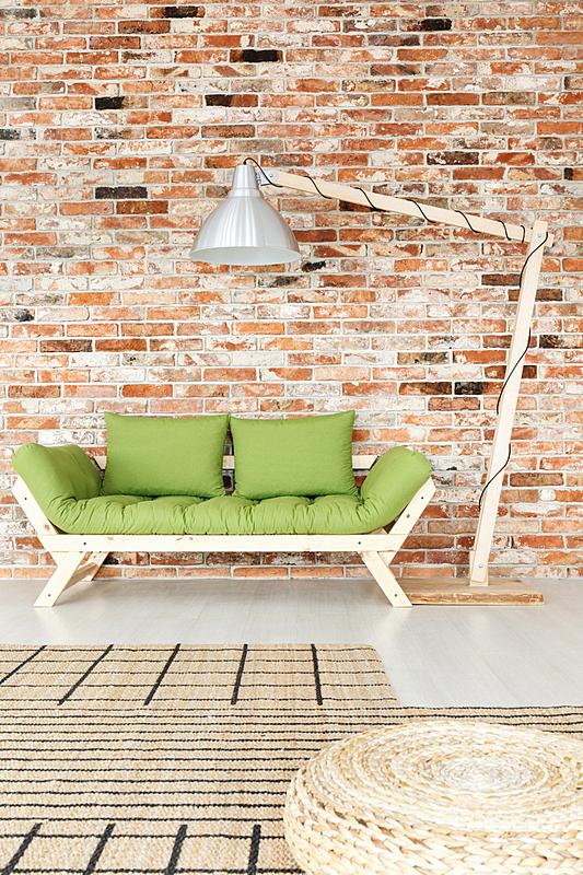 绿色,木制,起居室,垂直画幅,砖墙,灯,家具,金属丝,工作室,明亮