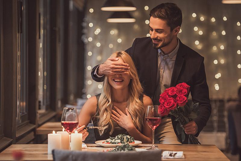 异性恋,葡萄酒,情人节,女朋友,生日,饮料,仅成年人,魅力,晚餐,节日