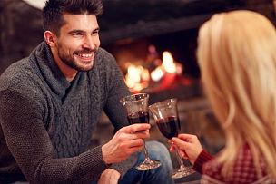 葡萄酒,饮料,浪漫,伴侣,壁炉,坐在地上,新的,夜晚,情人节,家庭生活
