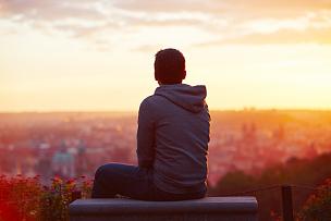 黎明,男人,天空,早晨,曙暮光,夏天,仅男人,仅成年人,都市风景,青年人