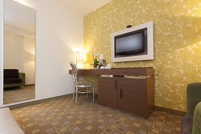 现代,室内,宾馆客房,美,水平画幅,灯,家具,卧室,地板,书桌