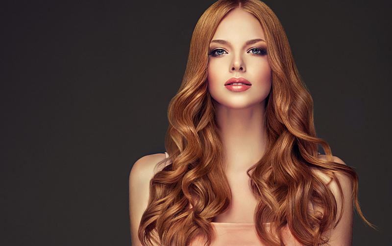头发,时装模特,青年人,完美,红色,波形,长发,井,理毛行为,卷发