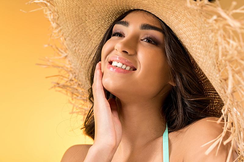 草帽,快乐,分离着色,女孩,黄色,晒黑,美,水平画幅,美人