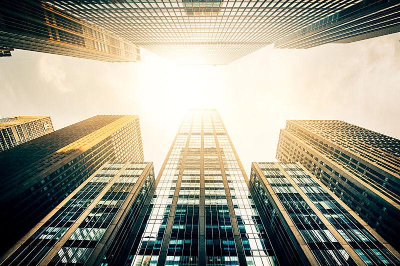 太阳,办公大楼,摩天大楼,都市风景,向上看,建筑外部,办公楼外观,纽约,纽约州,正下方视角