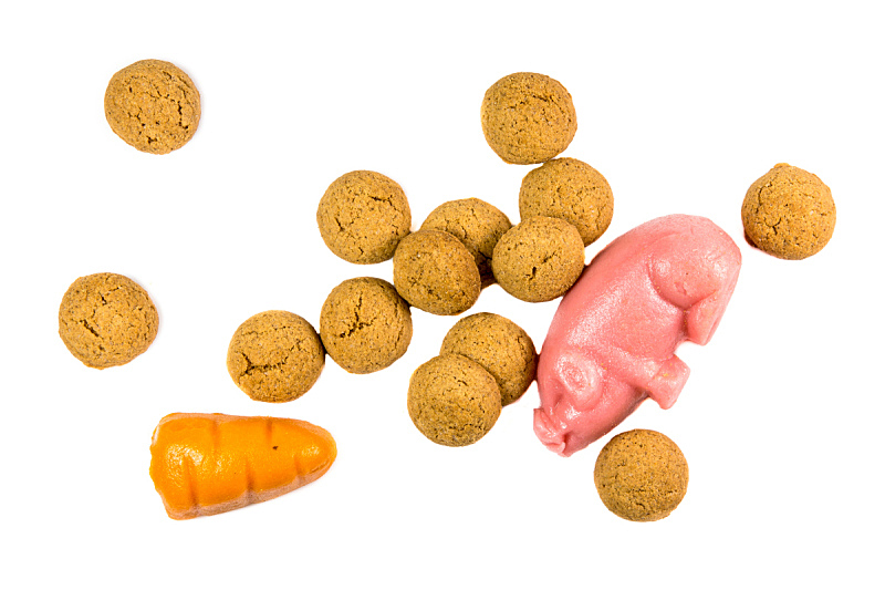 饼干,杏仁糖衣,胡萝卜,猪,胡椒坚果,水平画幅,无人,背景分离,荷兰,十二月