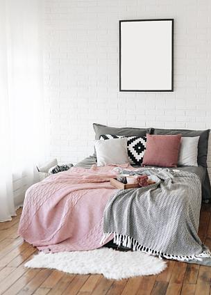 卧室,床,室内,自由,文字,斯堪的纳维亚人,垂直画幅,无人,砖墙,早晨