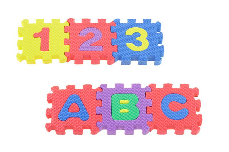 积木,谜题游戏,字母,水平画幅,无人,组物体,特写,知识,数字2,彩色图片