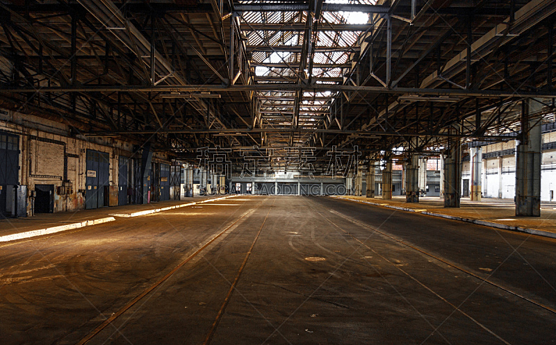 工业,黑色,室内,仓库,门口,水平画幅,无人,古老的,巨大的,陆用车