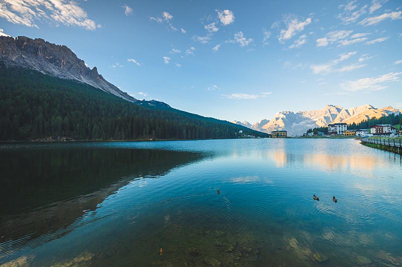 世界遗产,船,意大利,一只动物,布雷湖,旅途,云,著名景点,自然美,湖