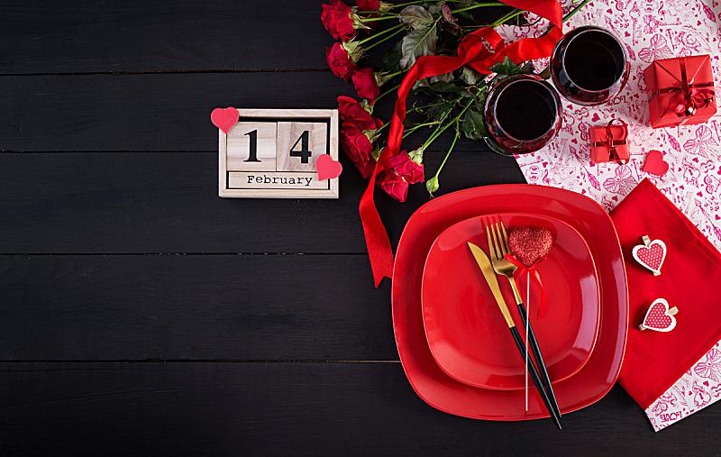 平铺,礼物,情人节,晚餐,红色,桌子,背景,玫瑰,两个物体,布置