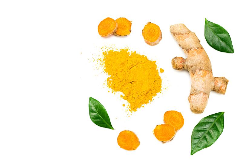 在上面,姜黄,研磨食品,白色背景,根部,分离着色,颜料粉,清新,自然界的状态