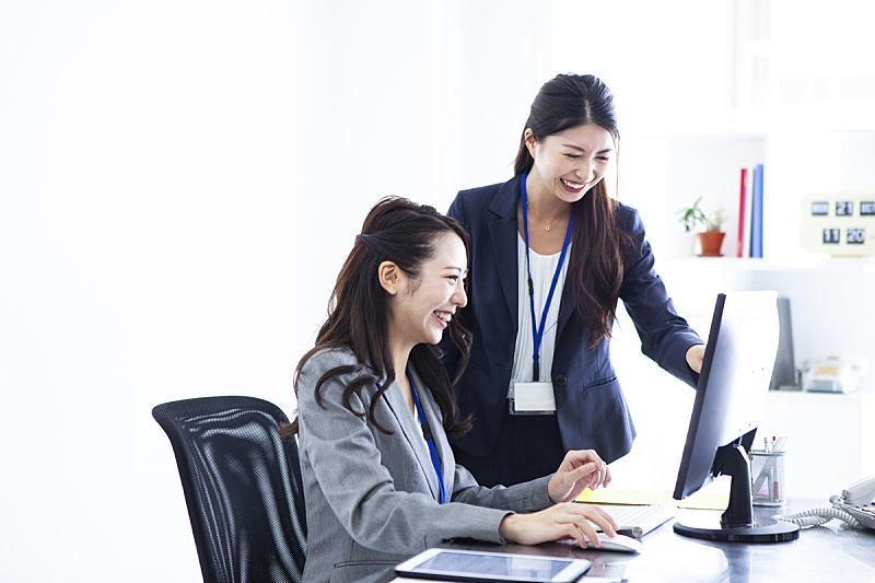 经理,30岁到34岁,肖像,技术,金融顾问,顾客,仅女人,办公室,房地产