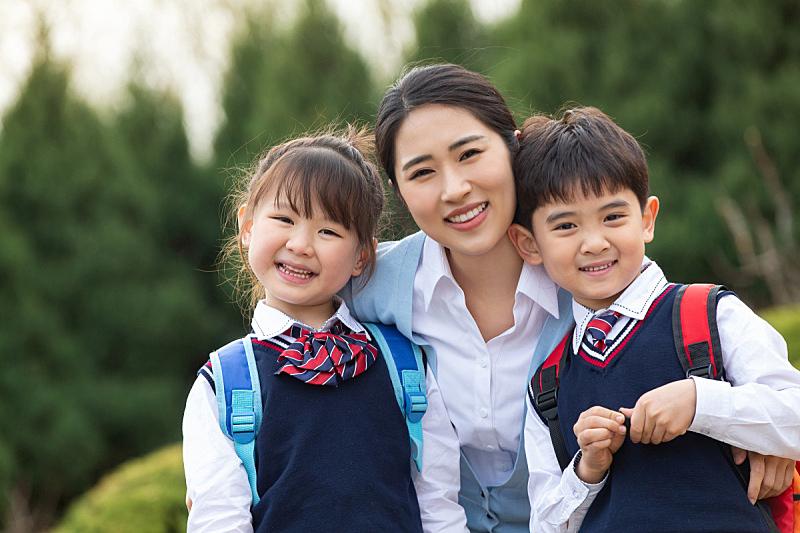 教师,可爱的,东亚人,25岁到29岁,青年女人,6岁到7岁,儿童,东亚,亚洲人种,童年
